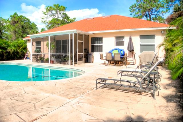 Naples Pool Home, holiday rental in Immokalee
