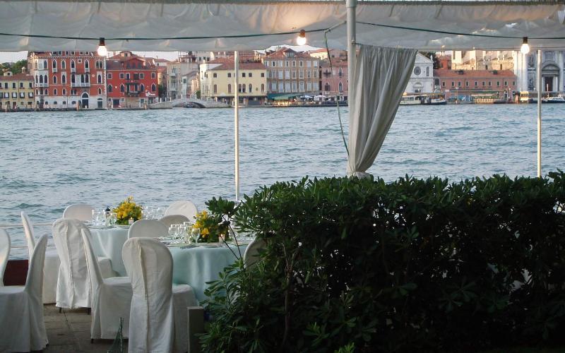 Restaurangen Harrys Dolci, nära till lägenheten