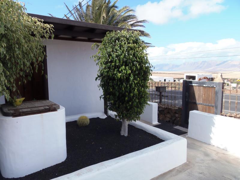 Finca Molino de Tiagua. Habitación Independiente para Mochileros, holiday rental in Tiagua