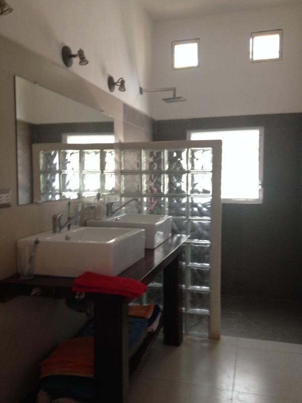 Bathroom Coba