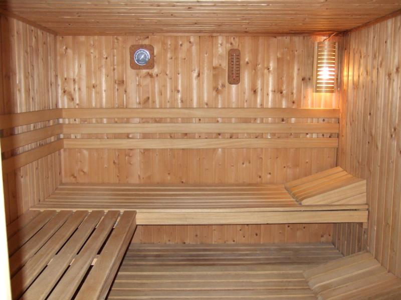 Enjoy the spacious sauna at the end of the day