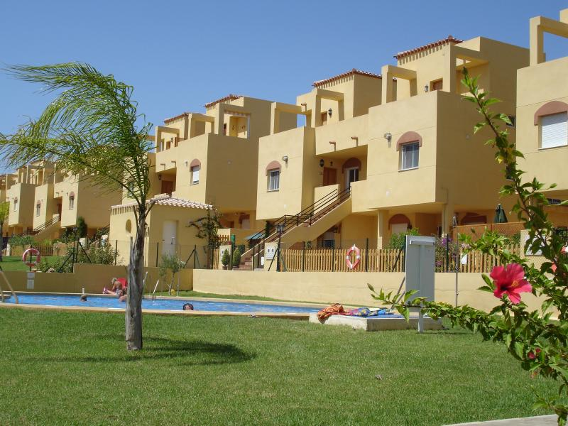 3 bed first floor apartment in Los Gallardos, aluguéis de temporada em Bedar