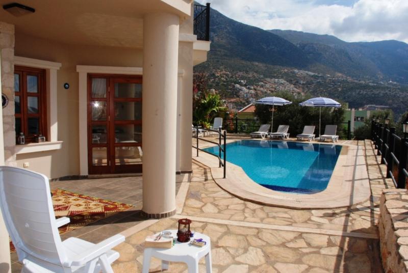 Villa Mehtapli, Ferienwohnung in Kalkan