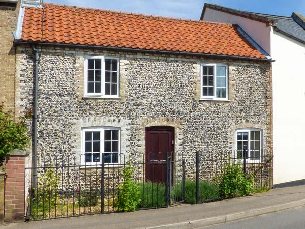 THE RED HOUSE, woodburning stove, garden with furniture, great for walking, location de vacances à Mundford