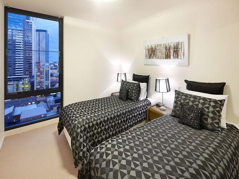 Second bedroom is split King (can zip into 1 King or unzip into 2 Singles