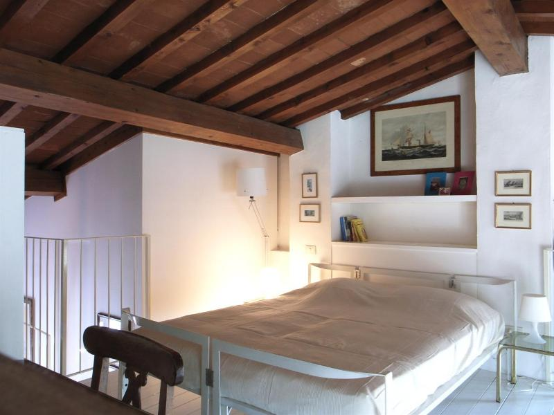 Sleeping loft with double bed