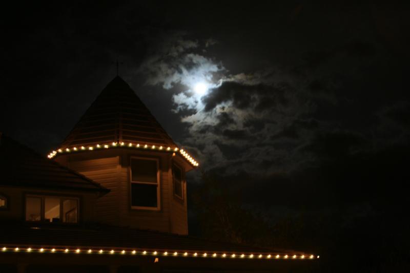 Voulez-vous rencontrer une pleine lune dans la nuit de votre visite.