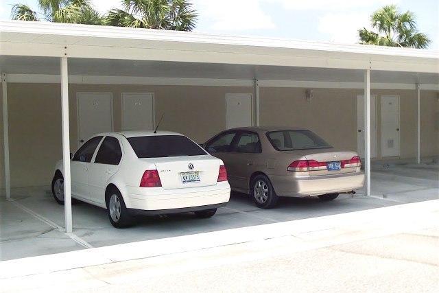 Área de estacionamiento techado