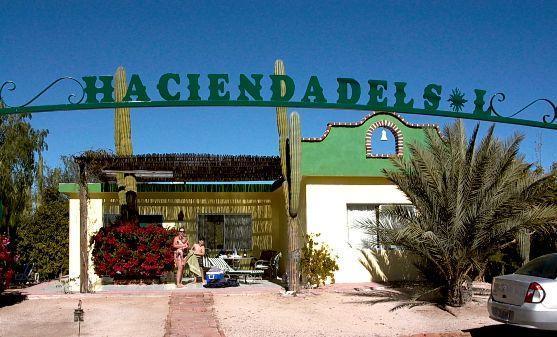 2 bed room bungalow in La Paz, CASA  COROMUEL, vacation rental in La Paz