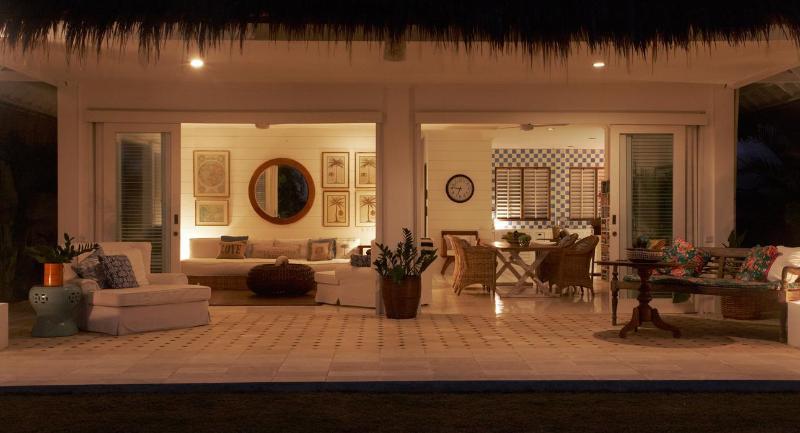 Beach Front 3 bedroom villa, holiday rental in North Kuta