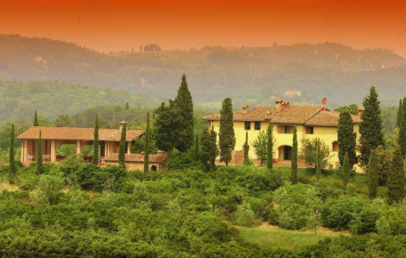 Private Country Estate in Tuscany - Villa Colombina, alquiler vacacional en Montaione
