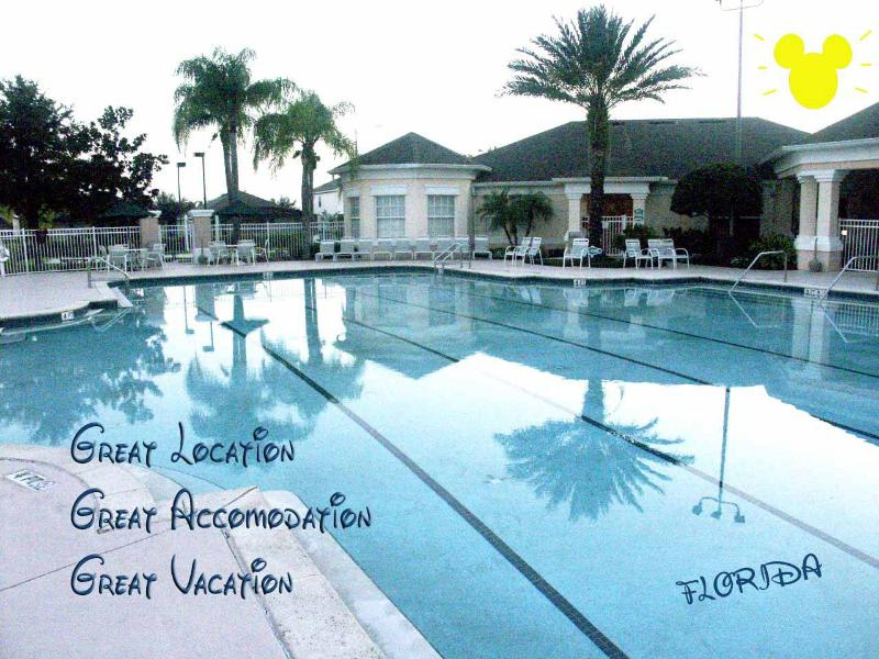 Amazing Disney Condo, Pool & Hot tub Onsite, alquiler de vacaciones en Kissimmee