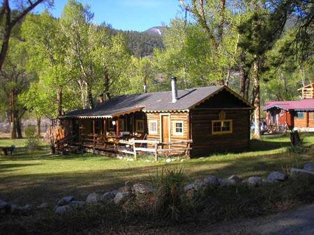 Cottontail of Bunnylane Cabins, casa vacanza a Nathrop