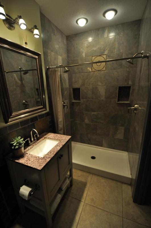 Shower for two! Nine foot ceilings