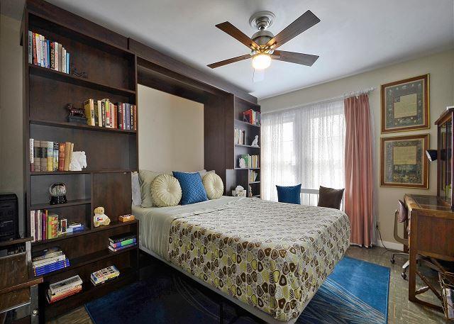 Murphy Room