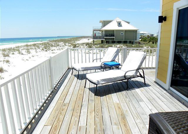 Lay back and relax on the gulf front deck.
