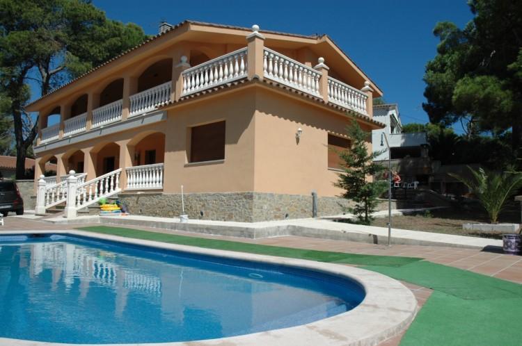 MUSEU BAIXOS, vacation rental in Albons