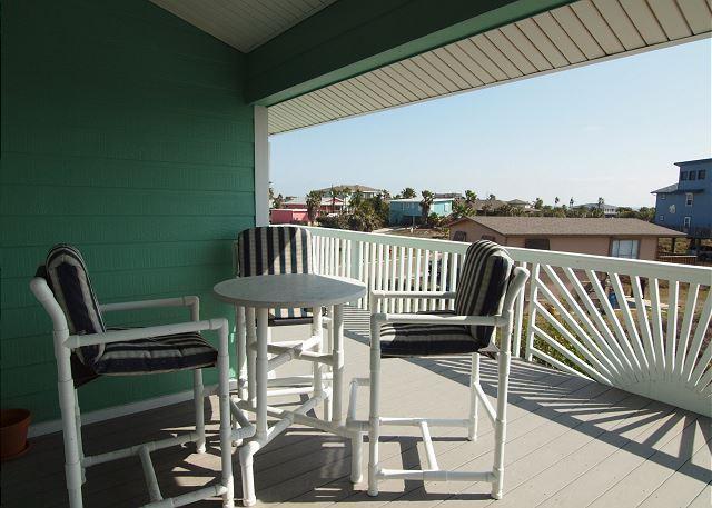 Out door balcony area
