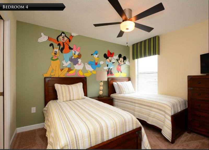 Theme Room 1 with two Twin Beds