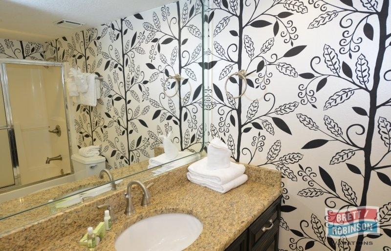 Phoenix East Orange Beach PE-503 Guest Bathroom.JPG