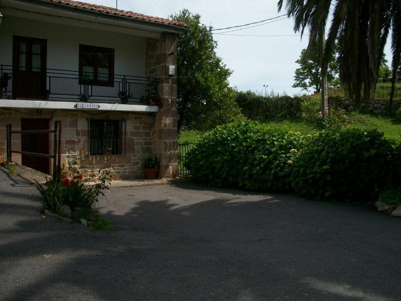 El joyuco, location de vacances à Udias