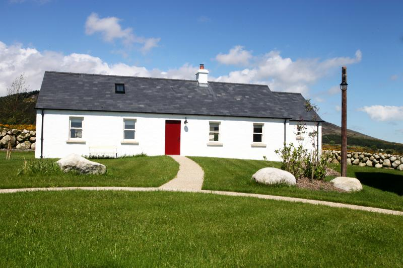 1 of 5 Luxury Cottages nestled in the back drop of the Mourne Mountains