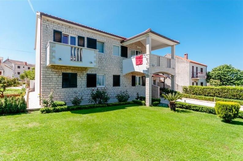 Villa Lucija, vacation rental in Supetar