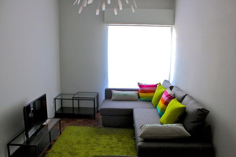 Sooty Blue Apartment, Faro, Algarve, Ferienwohnung in Faro