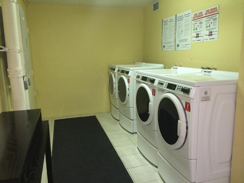 LAUNDRY IN THE BUILDING