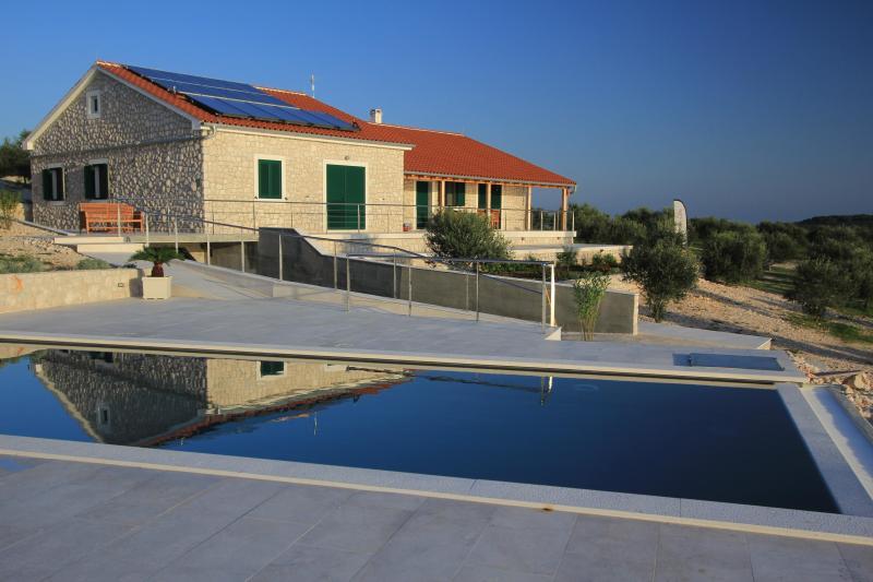 Villa Zizanj 3