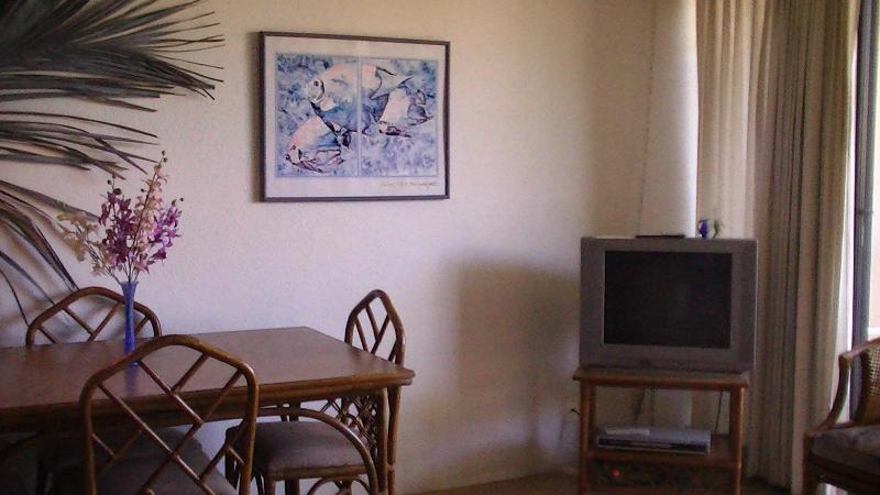 Beautiful One Bedroom Condo Close to Beach in Maui, holiday rental in Kihei
