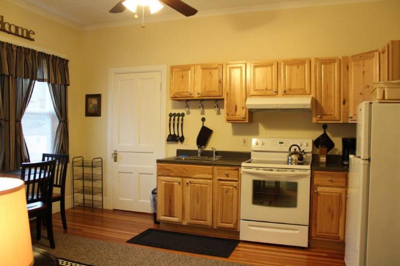 1 Suite - cozinha e sala de estar