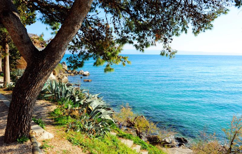 View on the Crystal Sea next to the House