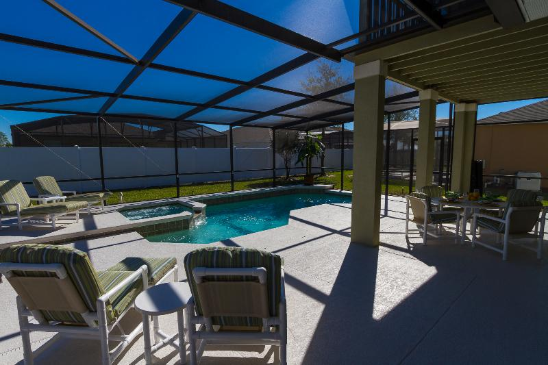 Pool Deck, Sun All Day with Shade