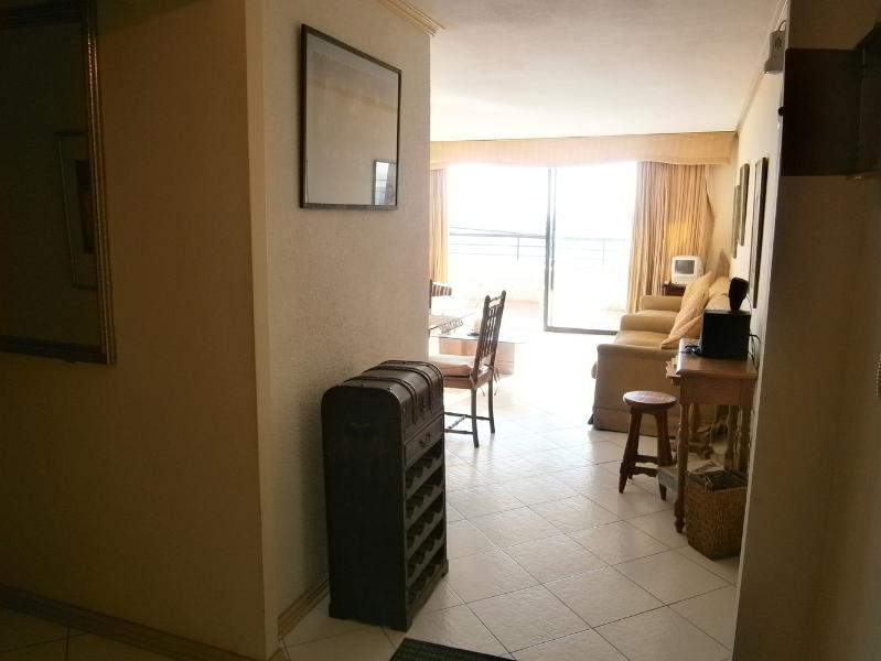 Dream Apartment at the Beach, vacation rental in Renaca