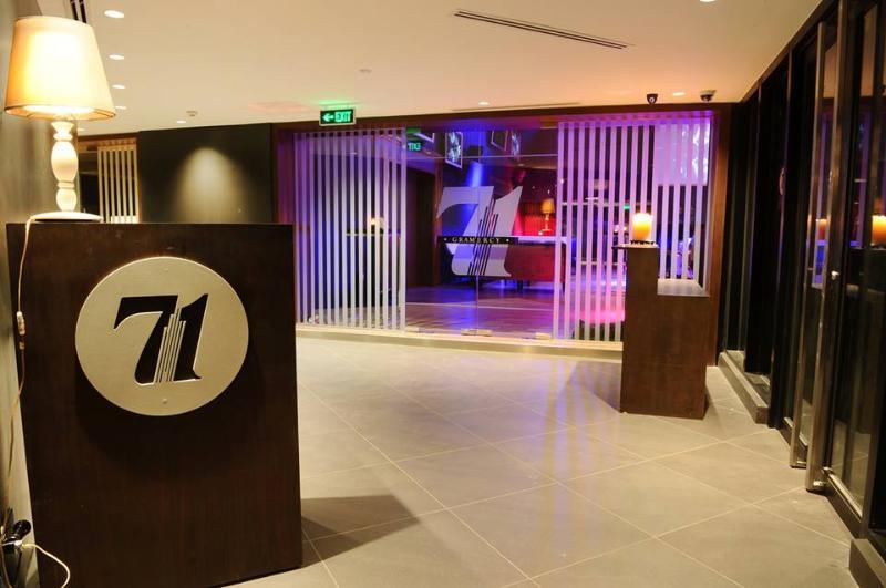 71 Gram New York-style bar / lounge / restaurant 71st flr of Manila's highest residential skyscraper