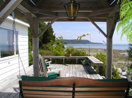 Very Private Lake Michigan Cottage, alquiler de vacaciones en Mackinac County