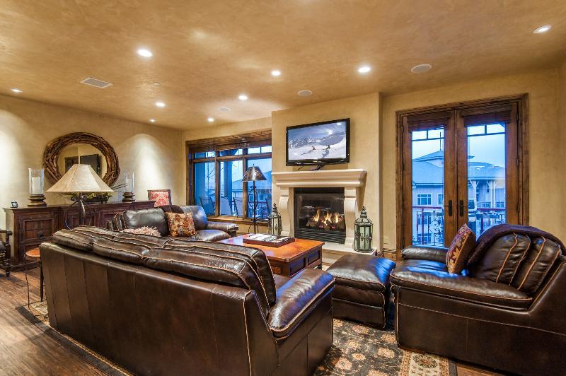 Luxury 3BR Penthouse Above Canyons Village, alquiler de vacaciones en Snyderville