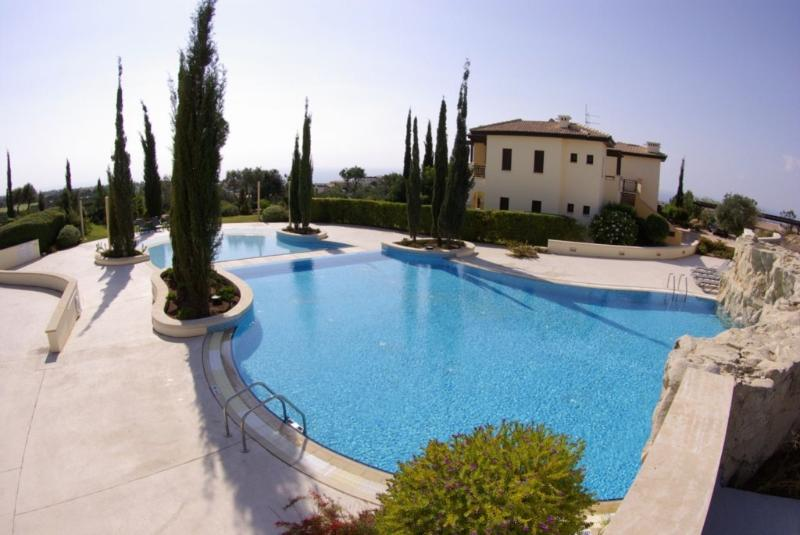 Orpheus Village has a lovely quiet communal pool - perfect for a relaxing holiday