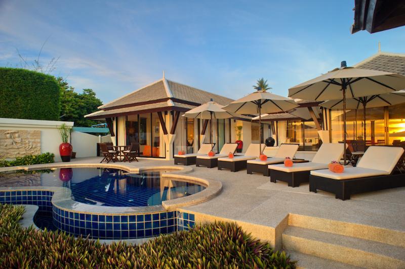 Villa 15 - Great value beach front villa with private pool, alquiler vacacional en Plai Laem