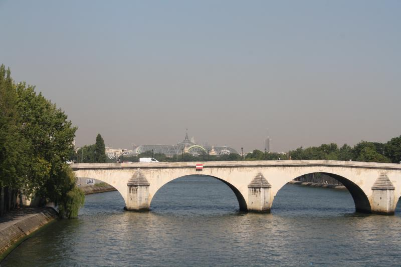 Closeby the Seine