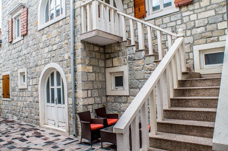 Building exterior - guests terrace