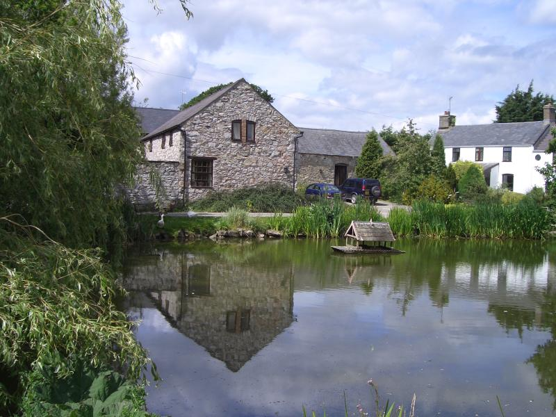 Primrose Cottage overlooks our traditional farmyard and duck pond.