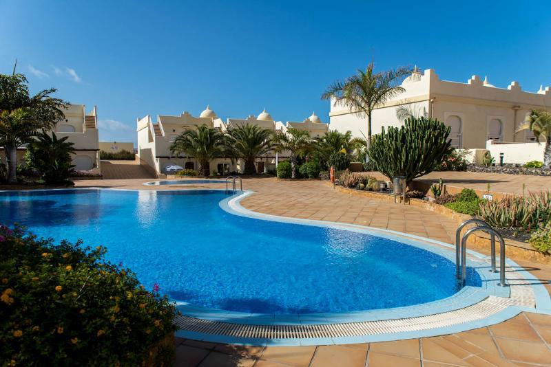 Casa Donn, Corralejo - luxury 3 bed Villa - now with ultra fast fibre internet, location de vacances à Corralejo