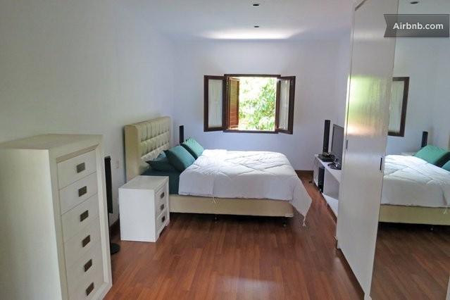 Villa Alexandra, holiday rental in Banguntapan