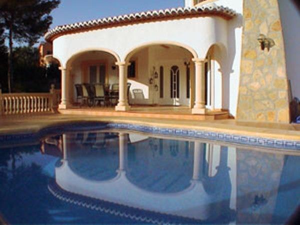 Pool and front terrace