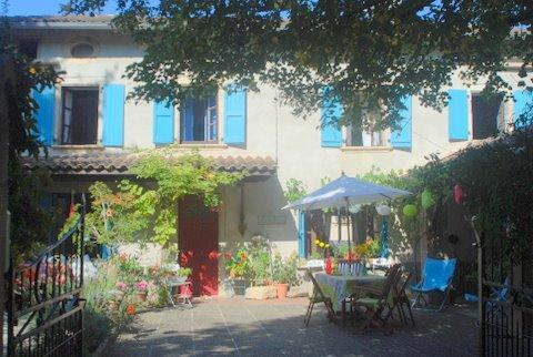 Our idyllic village house! Soak up the sun in this picturesque corner of France.Exquisite location
