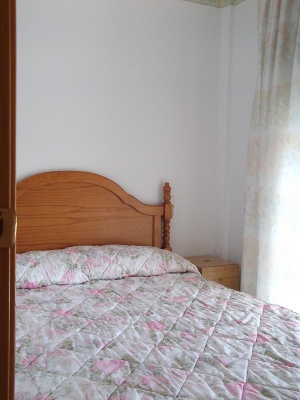 Dormitorio 1 cama de 135 cm.
