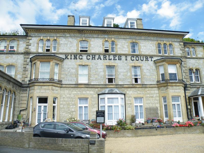 King Charles Court is located in the seaside town of Ventnor near to the town centre and seafront