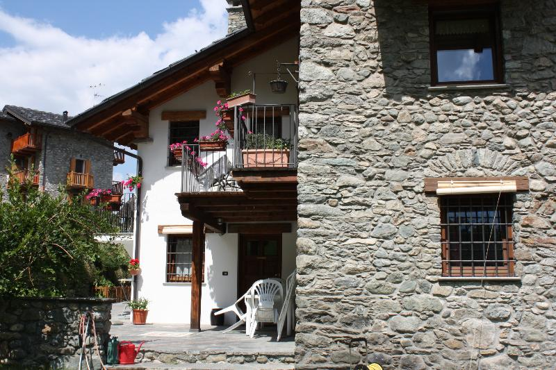 Ai margini del bosco, holiday rental in Aosta